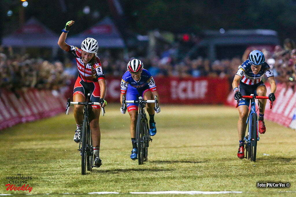 Las Vegas - USA - wielrennen - cycling - radsport - cyclisme - Sophie De Boer (Ned), Katerina Nash (Cze) and Katie Compton (Usa) pictured at the finish of the women's elite UCI cyclo-cross World Cup 2016 race, the Clif Bar Fabulous CrossVegas on September 20, 2016 in Las Vegas, USA - photo PN/Cor Vos © 2016