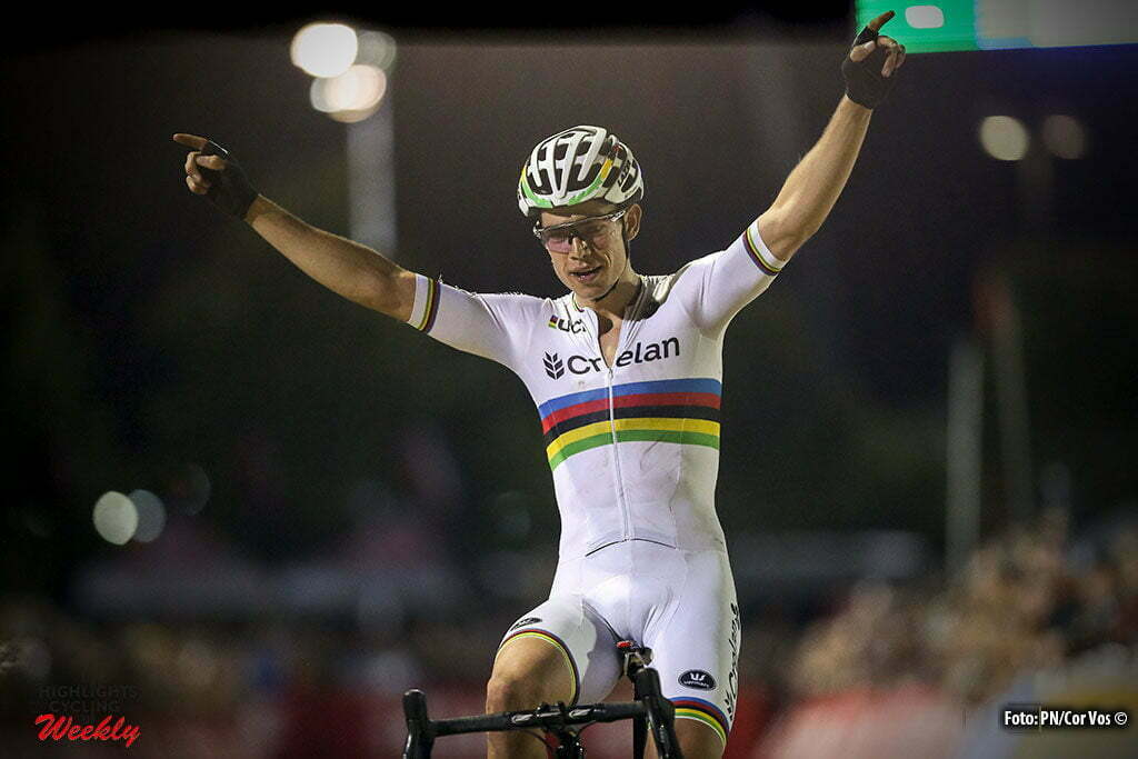 Las Vegas - USA - wielrennen - cycling - radsport - cyclisme - Wout van Aert (Crelan-Vastgoedservice) wins the 1st leg of the men's elite UCI cyclo-cross World Cup 2016 race, the Clif Bar Fabulous CrossVegas on September 20, 2016 in Las Vegas, USA - photo PN/Cor Vos © 2016