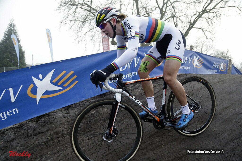 Loenhout - Belgium - wielrennen - cycling - radsport - cyclisme - De Jong Thalita (Netherlands / Rabobank Liv Women Cycling Team) pictured during the women's elite DVV Verzekeringen Trofee, cyclocross race, the Azencross in Loenhout - photo Anton Vos//Cor Vos © 2016
