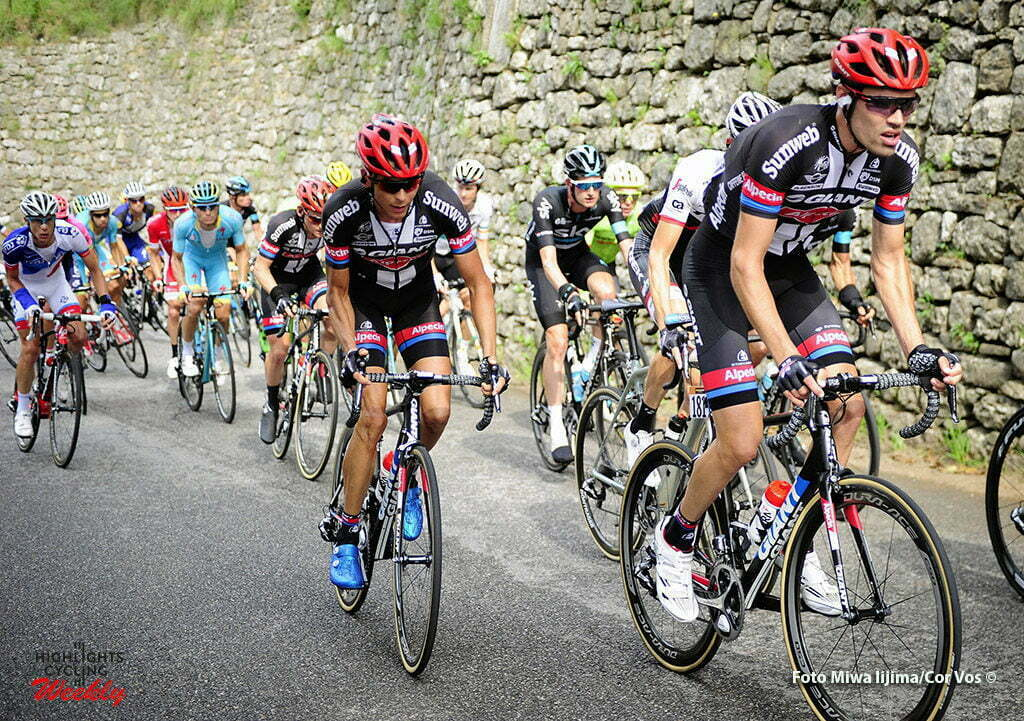 Bergamo - Italy - wielrennen - cycling - radsport - cyclisme - Tom Dumoulin (Netherlands / Team Giant - Alpecin) - Warren Barguil (France / Team Giant - Alpecin) - Wout Poels (Netherlands / Team Sky) pictured during Il Lombardia 2016 - 110th edition - Como - Bergamo 241 km - 01/10/2016- photo Miwa iijima/Cor Vos © 2016