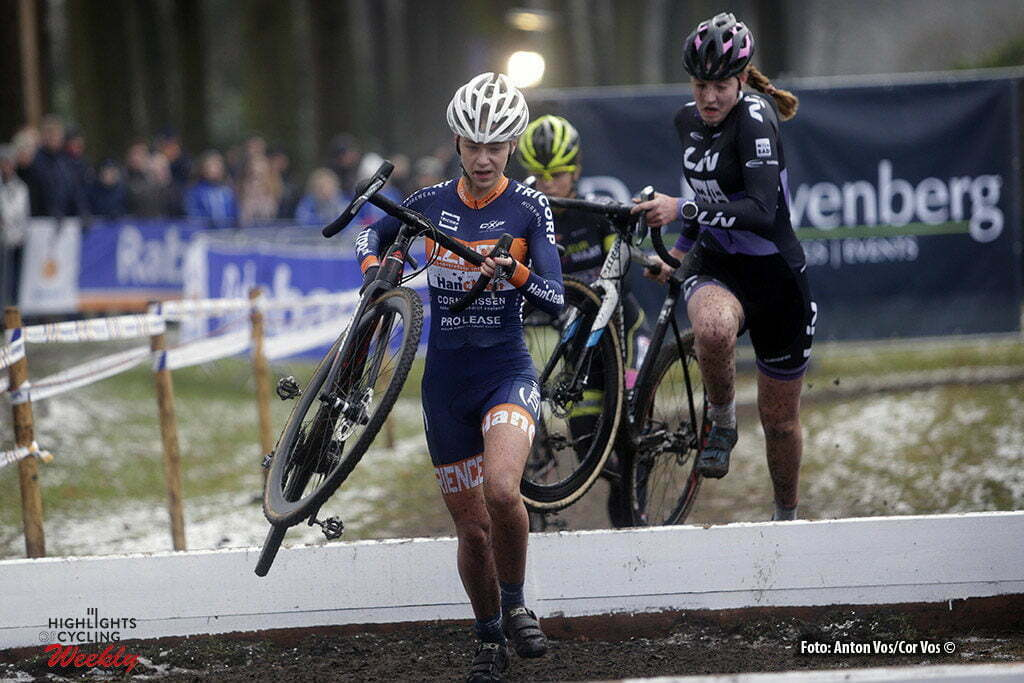Michielsgestel - Netherlands - wielrennen - cycling - radsport - cyclisme - Inge van der Heijden pictured during Dutch Championships Cyclocross - junior vrouwenVeldrijden in Sint Michielsgestel - photo Anton Vos/Cor Vos © 2017