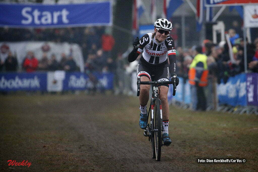 Michielsgestel - Netherlands - wielrennen - cycling - radsport - cyclisme - Lucinda Brand (Team Sunweb) pictured during Dutch Championships Cyclocross - women NK Veldrijden in Sint Michielsgestel - photo Dion Kerckhoffs/Cor Vos © 2017
