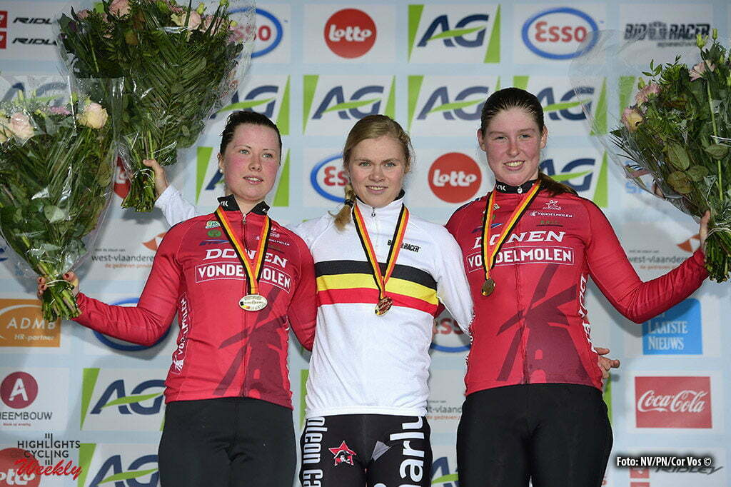 Oostende - Belgium - wielrennen - cycling - radsport - cyclisme - Palm Eva Maria, Verdonkschot Laura and Maes Shana pictured during the Belgian national championships cyclocross women's race 2017 at the Ostend Hippodrome on January 08, 2017 in Oostende, Belgium - photo NV/PN/Cor Vos © 2017