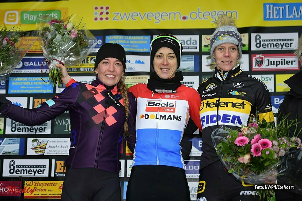 Otegem - Belgie - wielrennen - cycling - cyclisme - radsport - De Boer Sophie (NED), Majerus Christine (LUX) and Van Loy Ellen (BEL) pictured during the podium ceremony after the 49th Internationale Betafence women's elite cyclocross race on January 09, 2017 in Otegem, Belgium, 9/01/2017 - foto NV/PN/Cor Vos © 2015