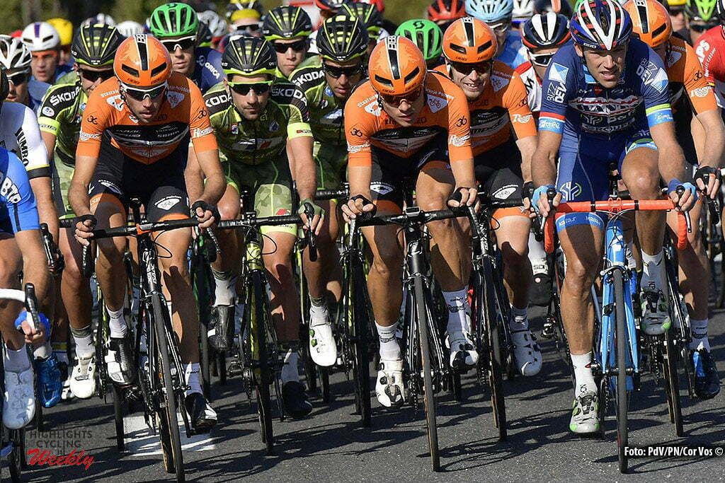 Tours - France - wielrennen - cycling - radsport - cyclisme - Roompot - Oranje Peloton picured during the 110th edition of the Paris-Tours cycling race with start in Dreux and finish in Tours on October 09, 2016 in Tours, France, 9/10/2016 - photo PdV/PN/Cor Vos © 2016