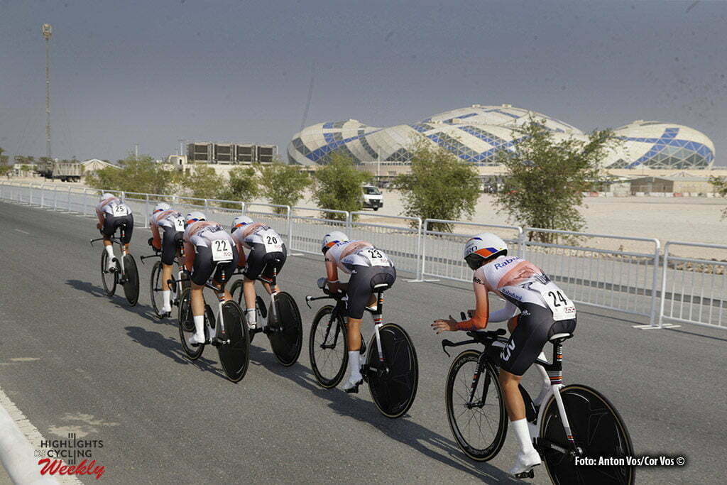 Doha - Qatar - wielrennen - cycling - radsport - cyclisme - illustration - Rabobank Liv Women Cycling Team pictured during TTT women Team Time Trial of the UCI Road World Championships 2016 in Qatar - photo Anton Vos/Cor Vos © 2016