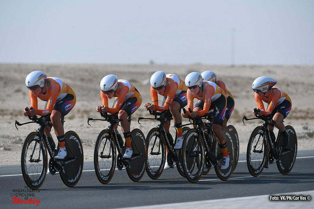 Doha - Qatar - wielrennen - cycling - radsport - cyclisme - illustration - Boels Dolmans Cycling Team pictured during TTT women Team Time Trial of the UCI Road World Championships 2016 in Qatar - photo VK/PN/Cor Vos © 2016