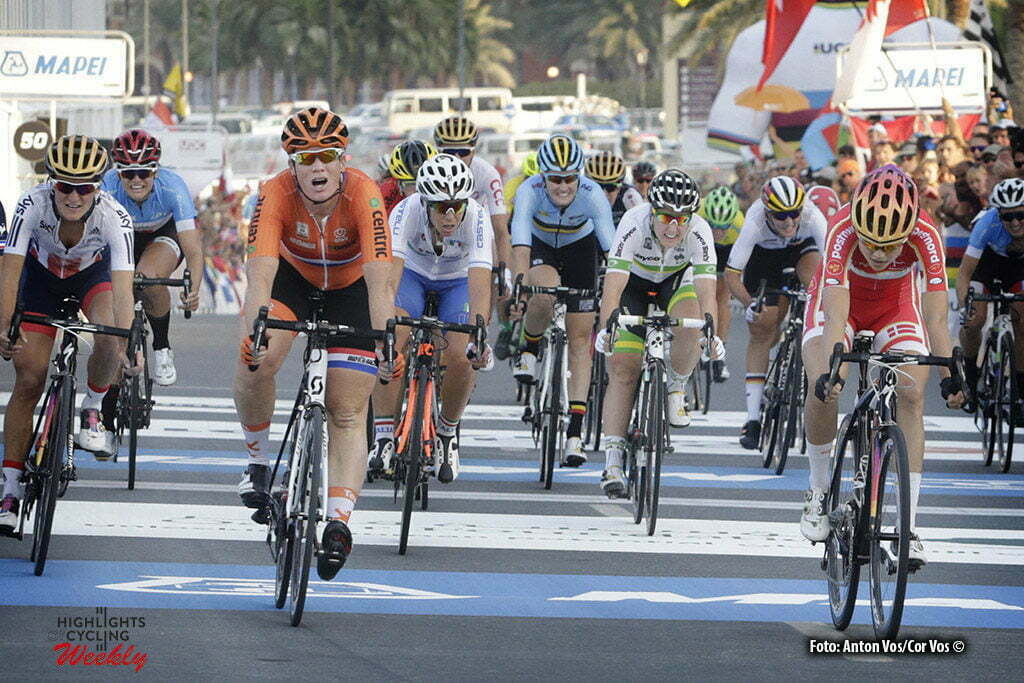 Doha - Qatar - wielrennen - cycling - radsport - cyclisme - Dideriksen Amalie (Denmark / Boels Dolmans Cycling Team) - Wild Kirsten (Netherlands / Hitec Products) - Lepisto Lotta (Finland / Cervelo Bigla) pictured during the Road Race women of the UCI Road World Championships 2016 in Qatar - photo Anton Vos/Cor Vos © 2016