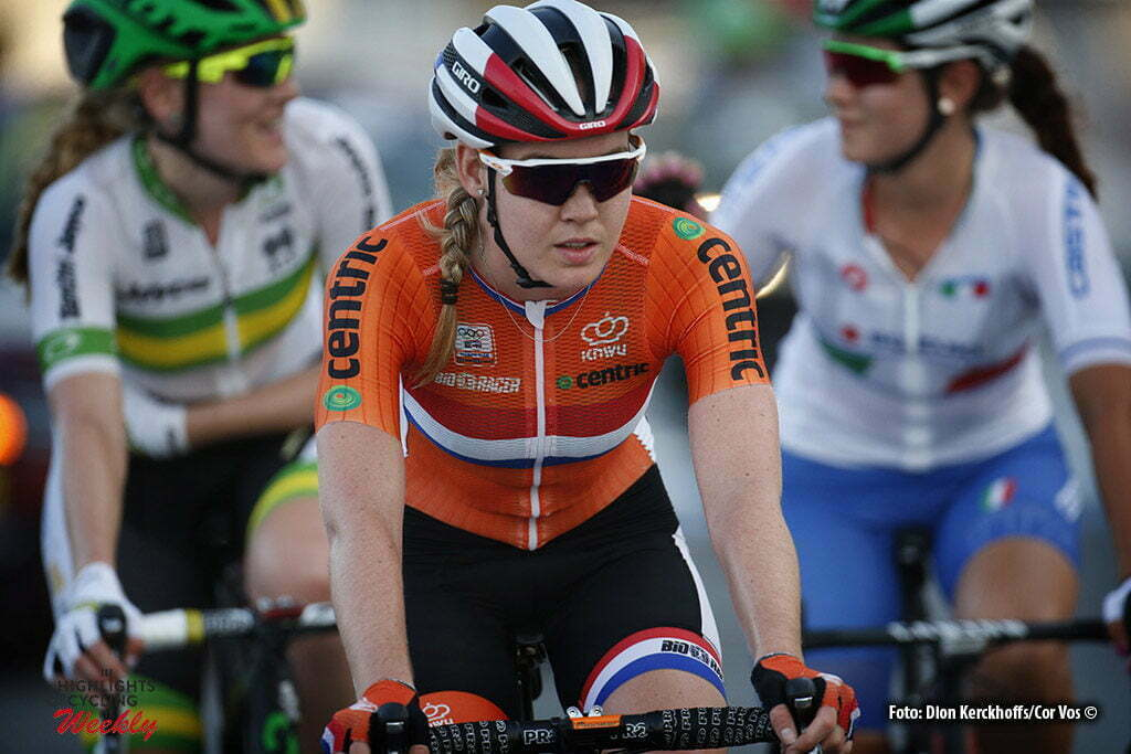 Doha - Qatar - wielrennen - cycling - radsport - cyclisme - Van der Breggen Anna (Netherlands / Rabobank Liv Women Cycling Team) pictured during the Road Race women of the UCI Road World Championships 2016 in Qatar - photo Dion Kerckhoffs/Cor Vos © 2016