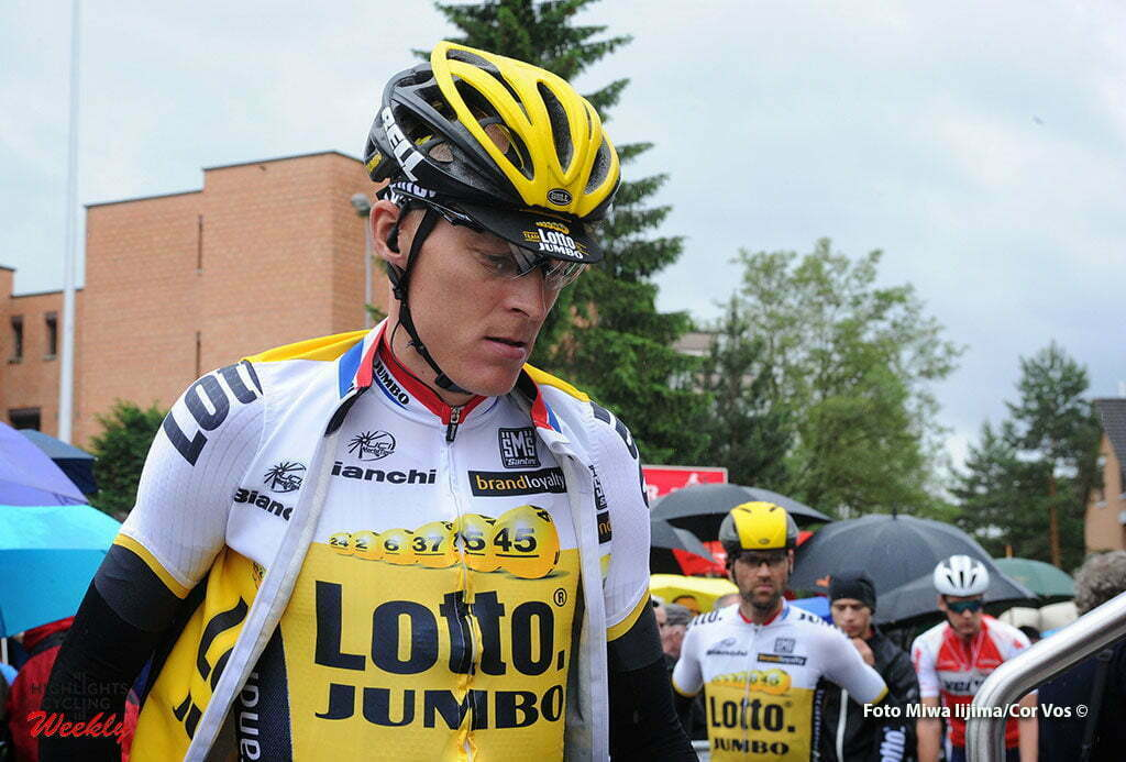 Baar - Switserland - wielrennen - cycling - radsport - cyclisme - Robert Gesink (Netherlands / Team LottoNL - Jumbo) before the start pictured during stage 2 of the Tour de Suisse 2016 from Baar to Baar (187,6 km) - photo Miwa IIjima/Cor Vos © 2016
