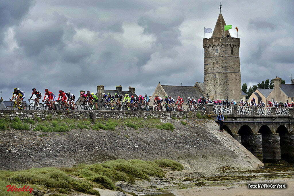Cherbourg-Octeville - France - wielrennen - cycling - radsport - cyclisme - Illustration picture of the peloton pictured during stage 2 of the 2016 Tour de France from Saint-Lo to Cherbourg-Octeville, 182.00 km - photo NV/PN/Cor Vos © 2016