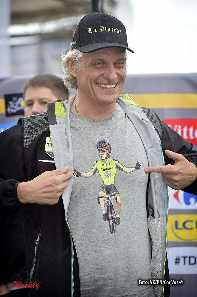 Cherbourg-Octeville - France - wielrennen - cycling - radsport - cyclisme - Oleg Tinkoff points out towards his Peter Sagan (SLK-Tinkoff) T-shirt pictured during stage 2 of the 2016 Tour de France from Saint-Lo to Cherbourg-Octeville, 182.00 km - photo NV/PN/Cor Vos © 2016