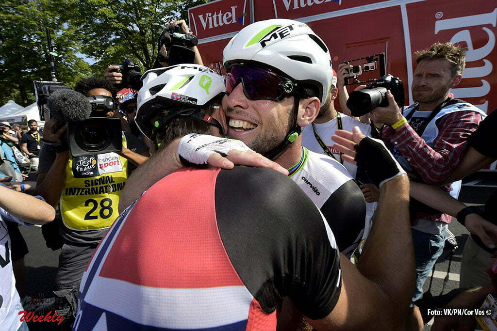 Montauban - France - wielrennen - cycling - radsport - cyclisme - Mark Cavendish (GBR-Dimension Data) celebrates the victory with teammate Edvald Boasson Hagen (NOR-Dimension Data) pictured during stage 6 of the 2016 Tour de France from Arpajon-sur-Cère to Montauban, 187.00 km - photo VK/PN/Cor Vos © 2016
