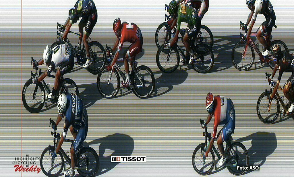 Montauban - France - wielrennen - cycling - radsport - cyclisme - Mark Cavendish (GBR-Dimension Data) Marcel Kittel (GER-Etixx-QuickStep) - Daniel Mclay (GBR-Fortuneo-Vital Concept) - Dylan Groenewegen (NED-LottoNL-Jumbo) pictured during stage 6 of the 2016 Tour de France from Arpajon-sur-Cère to Montauban, 187.00 km - photo Free Copyright Photo by ASO /Cor Vos © 2016