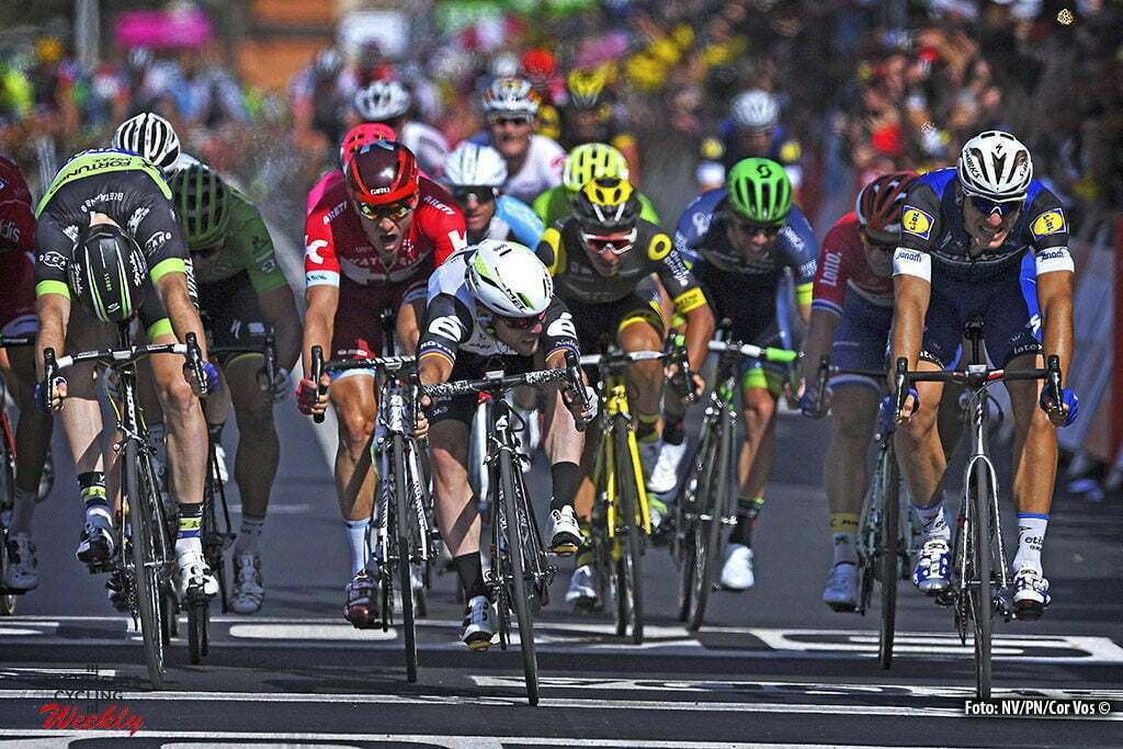 Montauban - France - wielrennen - cycling - radsport - cyclisme - Mark Cavendish (GBR-Dimension Data) - Daniel Mclay (GBR-Fortuneo-Vital Concept) - Marcel Kittel (GER-Etixx-QuickStep) pictured during stage 6 of the 2016 Tour de France from Arpajon-sur-Cère to Montauban, 187.00 km - photo NV/PN/Cor Vos © 2016