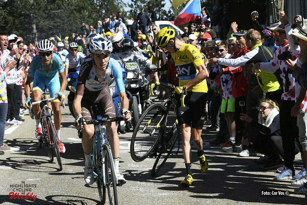 Mont Ventoux - Chalet Reynard - France - wielrennen - cycling - radsport - cyclisme - the crash in the last kilometer of the Mont Ventoux climb - Chris Froome (GBR-Team Sky) - Jan Bakelants (BEL-AG2R-La Mondiale) - Vincenzo Nibali (ITA-Astana) pictured during stage 12 of the 2016 Tour de France from Montpellier to Mont Ventoux Chalet Reynard , 179.00 km - photo Pool Bernard Papon/Cor Vos © 2016