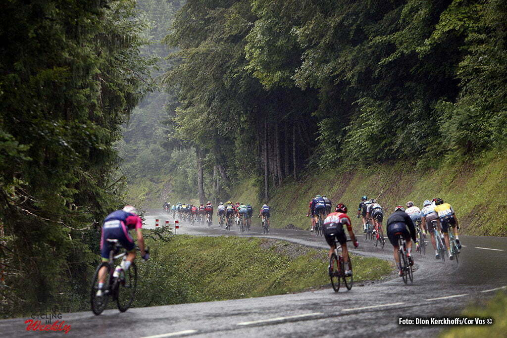 Morzine - France - wielrennen - cycling - radsport - cyclisme - decente Joux Plane illustratie - illustratie - sfeer pictured during stage 20 of the 2016 Tour de France from Megeve to Morzine, 146.00 km - photo Dion Kerkhoffs/Davy Rietbergen/Cor Vos © 2016