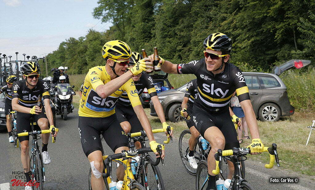 Paris - France - wielrennen - cycling - radsport - cyclisme - Christopher Froome (GBR-Team Sky) - Geraint Thomas (GBR-Team Sky) - left Wout Poels (NED-Team Sky) pictured during stage 21 of the 2016 Tour de France from Chantilly to Paris, 113.00 km - photo poolphoto Christophe Ena/Cor Vos © 2016