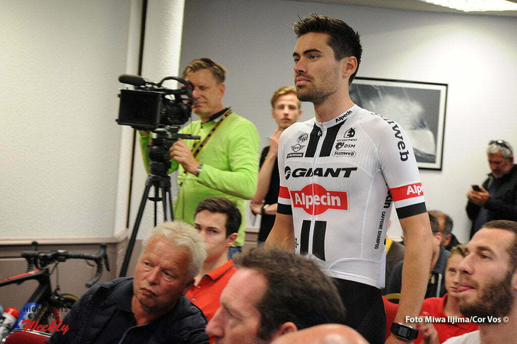 Port-en-Bessin - France - wielrennen - cycling - radsport - cyclisme - Tom Dumoulin (Netherlands / Team Giant - Alpecin) pictured during presentation Team Giant - Alpecin in new Tour de France outfit - photo Miwa IIjima/Cor Vos © 2016