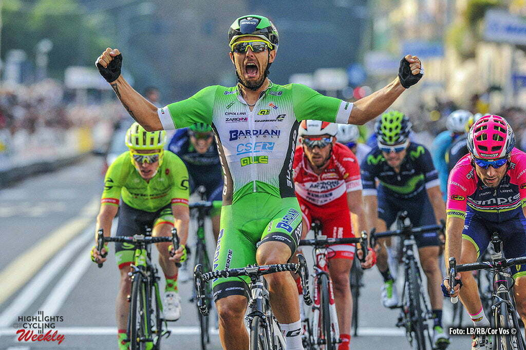 Varese - Italy - wielrennen - cycling - radsport - cyclisme - Sonny Colbrelli (Bardiani - CSF) - Diego Ulissi (Lampre - Merida) pictured duringTre Valli Varesine 2016 - 96th edition - Saronno - Varese 192,9 km - 27/09/2016 - photo Cor Vos © 2016