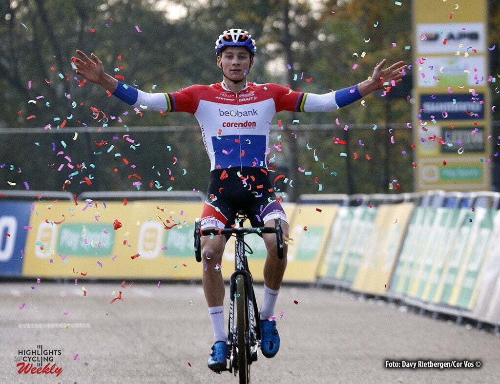 Valkenburg - Netherlands - wielrennen - cycling - radsport - cyclisme - Mathieu van der Poel (Beobank Corendon) pictured during the Elite Men World Cup Race Cyclocross - Veldrijden in Valkenburg - photo Davy Rietbergen/Cor Vos © 2016