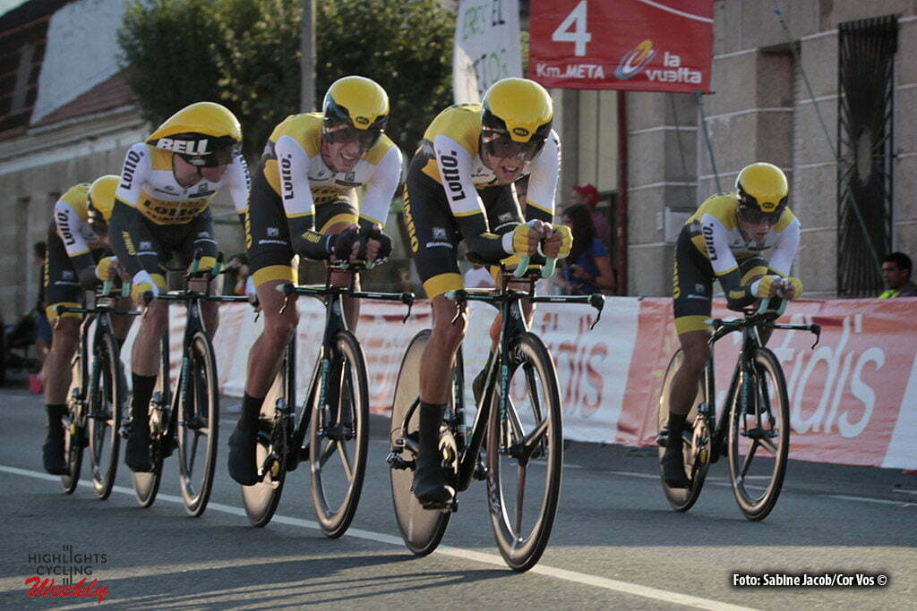 Castrelo de Mino - Spain - wielrennen - cycling - radsport - cyclisme - Team LottoNL - Jumbo - Robert Gesink - Jos van Emden - Steven Kruiswijk - Koen Bouwman pictured during stage 1 from Ourense termal. B. de Laias - P. N. Castrelo de Mino - Vuelta Espana 2016 - photo Sabine Jacob/Cor Vos © 2016