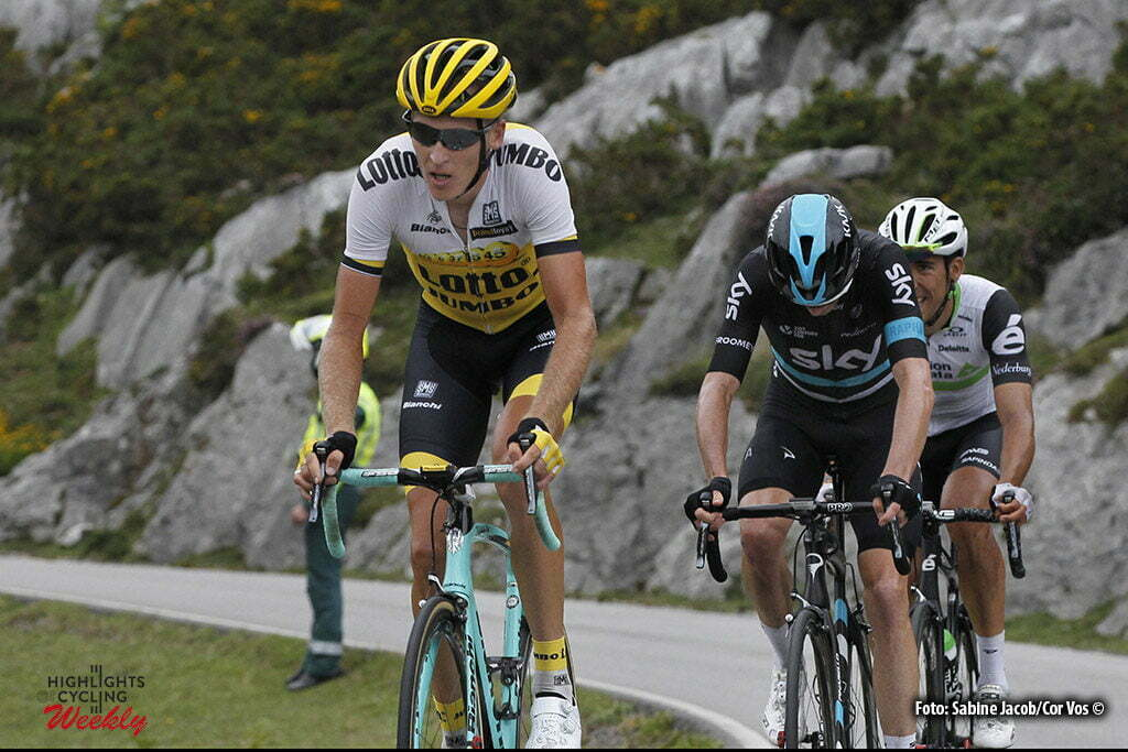 Lagos de Covadonga - Spain - wielrennen - cycling - radsport - cyclisme - Gesink Robert (Netherlands / Team Lotto Nl - Jumbo), Froome Christopher - Chris (GBR / Team Sky) pictured during stage 10 from Lugones to Lagos de Covadonga - Vuelta Espana 2016 - photo Sabine Jacob/Cor Vos © 2016