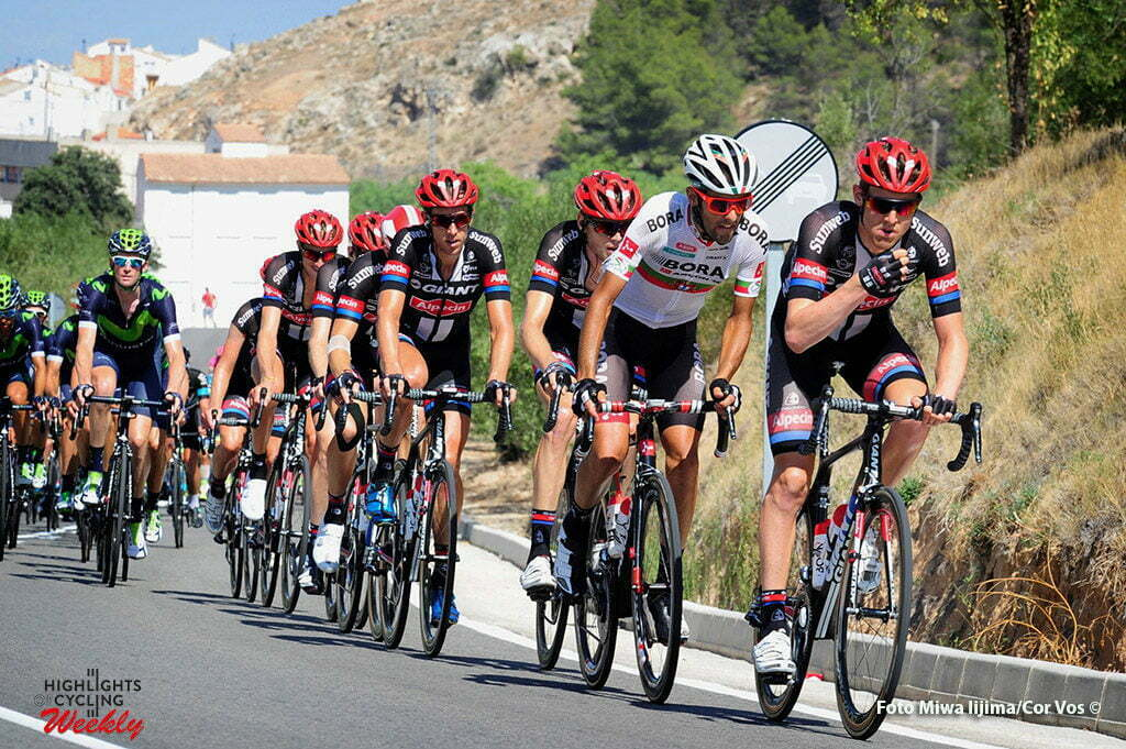 Gandía - Spain - wielrennen - cycling - radsport - cyclisme - Sindre Skjoestad Lunke (Norway / Team Giant - Alpecin) - Schwarzmann Michael (Germany / Bora Argon 18) - Koen De Kort (Netherlands / Team Giant - Alpecin) pictured during stage 18 from Requena to Gandía - Vuelta Espana 2016 - photo Miwa iijima/Cor Vos © 2016