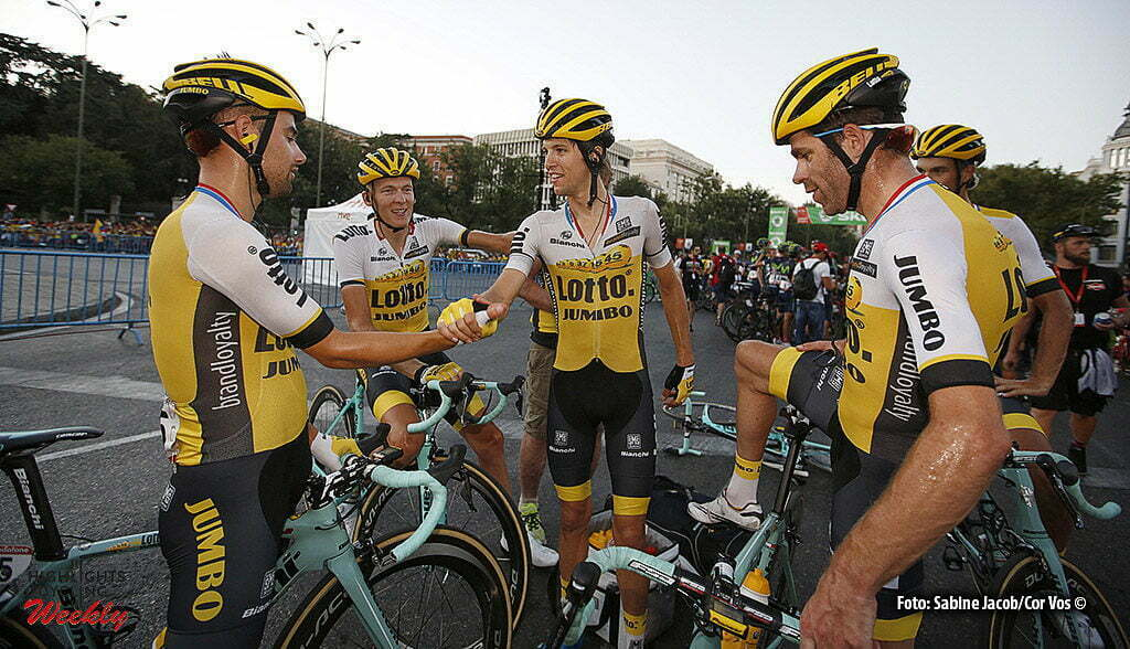 Madrid - Spain - wielrennen - cycling - radsport - cyclisme - Victor Campenaerts (Belgien / Team LottoNL - Jumbo) - Gesink Robert (Netherlands / Team LottoNL - Jumbo) - Bennett George (N. Seeland / Team LottoNL - Jumbo) - Keizer Martijn (Netherlands / LottoNL - Jumbo) - Tankink Bram (Netherlands / Team LottoNL - Jumbo) pictured during stage 21 from Las Rozas to Madrid - Vuelta Espana 2016 - photo Sabine Jacob/Cor Vos © 2016
