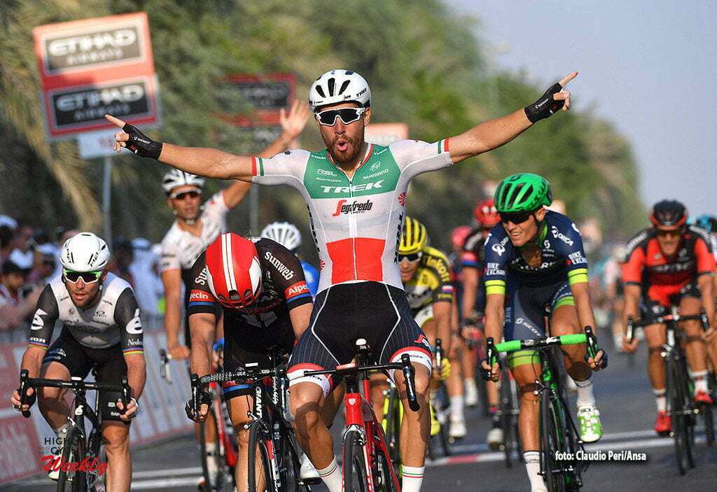 Italian rider Giacomo Nizzolo of Trek Segafredo jubilates after winnig the 1st stage, Madinat Zayed to Madinat Zayed, of 147 km Abu Dhabi cycling race. Madinat Zayed, 20 October 2016. ANSA/LUCA ZENNARO