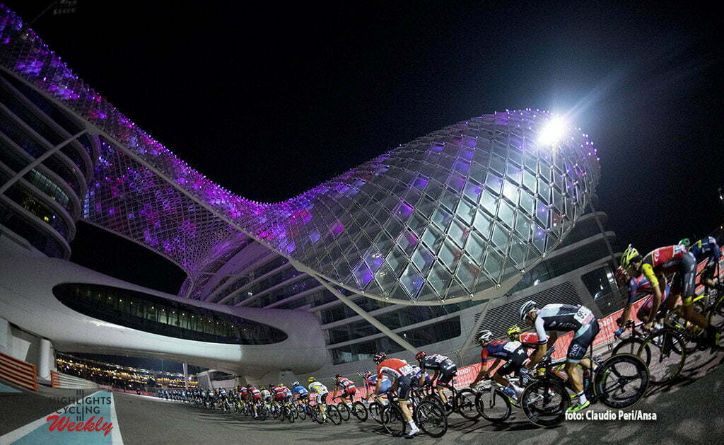 "The 143 km ""Yas Island"" Fourth stage of Abu Dhabi cycling race in Yas Marina F1 Circuit, UAE, 23 October 2016. ANSA/CLAUDIO PERI"